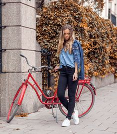 denim on denim outfit with canvas sneakers Koud Weer Outfits, Canvas  Gympen, Denim Outfit 53398b722ae0