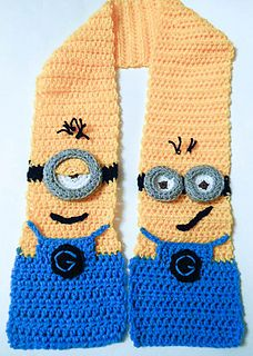 Ravelry: Minion Character Scarf pattern by Wistfully Woolen. It's not knitting but darned cute! That's Phil on the left, Tim on the right. (Yeah, they have names! Chat Crochet, Crochet Mittens, Crochet Scarves, Crochet For Kids, Crochet Shawl, Crochet Clothes, Free Crochet, Crochet Granny, Minion Crochet Patterns
