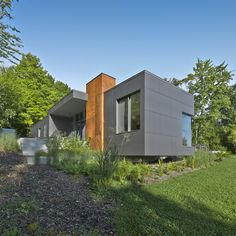 T House by Natalie Dionne Architecture - I Like Architecture