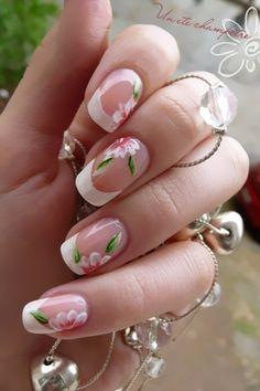 Flower Acrylic Nails