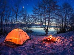 Winter Tent Camping, Best Tents For Camping, Camping Spots, Camping World, Go Camping, Camping Hacks, Outdoor Camping, Outdoor Gear, Camping Cabins