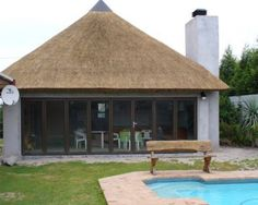 Traditional Thatch Roofs - Lapa