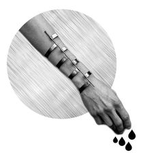 Cyborg aesthetics: elaborate silver constructions grafted into skin to form a techno-organic whole. By Stockholm designers Emelica Lidman and Mike Årsjö @murkyjewelry  #murky #murkyjewelry #silver #handcrafted #designerjewelry #contemporaryjewelry #blackfashion #darkfashion #fashion #scandinaviandesign #avantgarde #denialofentry