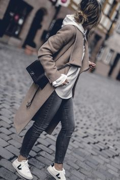 Autumn Outfit 2017 Women Cute Preppy Edgy Classic Sweater Streetwear Styles, C . 2019 Herbst Outfit 2017 Frauen Nette Preppy Edgy Klassische Pullover Street Styles, C. Cozy Fall Outfits, Classy Outfits, Spring Outfits, Chic Outfits, Autumn Cozy Outfit, Denim Outfits, Trendy Outfits, Casual Autumn Outfits Women, Cosy Outfit