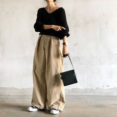 Casual and washed canvas pants