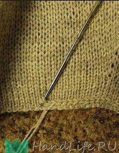Crochet Patterns This is a great way to stabilize an edge that is not ripped. - Knitting Bordado Modèles de crochet C'est un excellent moyen de stabiliser un bord qui n'est pas déchiré. Sweater Knitting Patterns, Easy Knitting, Knitting Stitches, Crochet Patterns, Knitting Humor, Knitting Sweaters, Crochet Edgings, Stitch Patterns, Knitting Looms