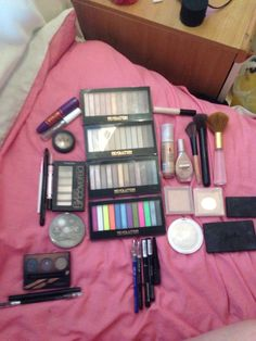 All high street affordable makeup, eye pallets (makeup revolution) blusher and bronzer (sleek) mascara (miss sporty) eyebrows (sleek & collection) face powder, highlighter (MUA)