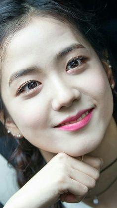 South Korean Girls, Korean Girl Groups, Black Pink ジス, Art Photography Portrait, Most Beautiful Horses, Aesthetic Beauty, Blackpink Jisoo, Korean Beauty, Korean Singer