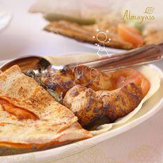 تخيل معنا، شيش طاووق توه مشوي ومعاه مايونيز بالثوم وخبز عربي خفيف ويذوب في الفم #المياس