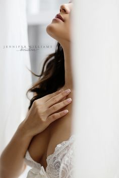 Boudoir Photography and Luxury Portraiture for Women in Vancouver and Worldwide | Vancouver Boudoir Studio | http://jenniferwilliams.com