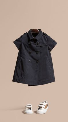 Shop childrenswear from Burberry, a playful collection for boys and girls years, baby featuring check parkas, dresses, trousers and shoes Gucci Baby Clothes, Baby Kids Clothes, Baby Dress Patterns, Baby Clothes Patterns, Dresses Kids Girl, Kids Outfits, Baby Girl Essentials, Luxury Kids Clothes, Baby Girl Closet