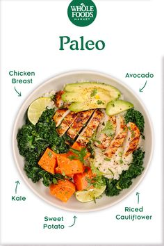 Feed Your Resolution: Paleo Chicken & Veggie Bowl with Cauliflower Rice // This paleo-friendly bowl features riced cauliflower, a go-to grain-free alternative to rice. Whether you're pledged to a special diet or just want to try something new, we've got t Whole Foods Market, Paleo Whole 30, Whole 30 Recipes, Dieta Paleo, Paleo Diet, Clean Eating, Healthy Eating, Healthy Food, Paleo Recipes