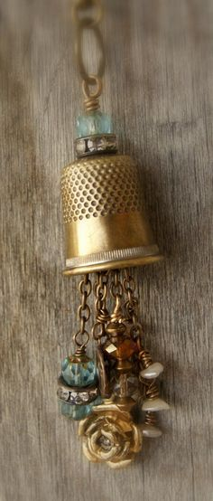 right about now, I'm wishing I had some common items like thimbles of my Grandmother and Great Grandmother's to make jewelry out of. What a great way to pass something special down in the family!