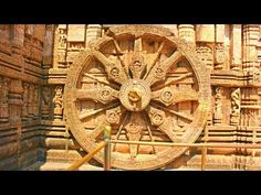 Let's take a look at the accuracy of the Sundial at Konark Sun temple in India built in 1250 A.D. People still use it today to tell time.  The sundial has 8 major spokes that divide 24 hours into 8 equal parts, which means that the time between two major spokes is 3 hours. At the edge of the wheel, you can see a lot of beads. If you observe carefully, you can see that there are 30 beads between a minor and a major spoke.