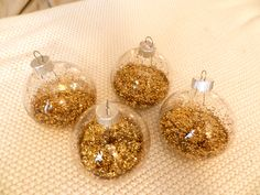 Easy Christmas Crafts! #glitter #ornament