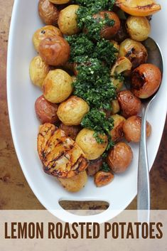 Fire up the barbecue, grill your favourite protein and add these Lemon Roasted Potatoes with Parsley Pistou to complete the meal. Best Side Dishes, Side Dish Recipes, Top Recipes, Amazing Recipes, Healthy Vegetable Recipes, Easy Healthy Recipes, Healthy Food, Lemon Roasted Potatoes, Appetizer Recipes