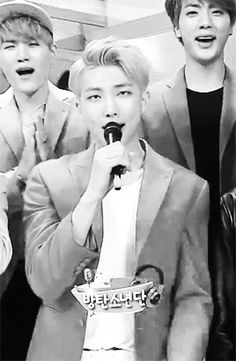 Okay so can we just talk about that little wink Rapmon did OMFG!!!!! Gorgeous.....just fucking beautiful