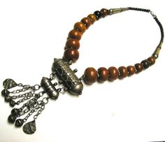 Yemen Bridal Necklace: Silver & Amber