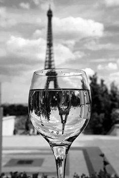 Beautiful! #Paris #France #EiffelTower #blackandwhite #photography #art