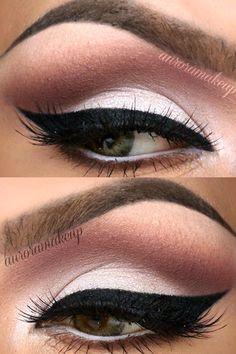 Aurora amor por el maquillaje