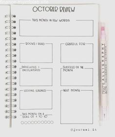 10 Bullet Journal Layouts You Can't Resist Bullet Journal Review, Bullet Journal Goals Page, Daily Bullet Journal, Organization Bullet Journal, Bullet Journal Monthly Spread, Bullet Journal Hacks, Bullet Journal Notebook, Bullet Journal Aesthetic, Bullet Journal Ideas Pages