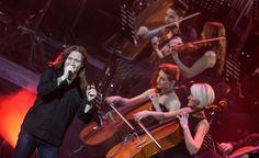 Компания Euroshow Promoter представляет в Санкт-Петербурге проект «Классическая «Ария». 22 апреля коллектив выступит на сцене Ледового дворца с симфоническим оркестром.