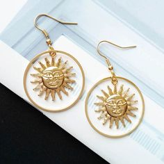 2018 Handmade Gold Sun Apollo Helios Drop Earrings Geometric Loop Sun Face Dangle Earrings for Women Korean Fashion Jewelry - SHOP THE NATION - Women's style: Patterns of sustainability Cluster Earrings, Women's Earrings, Diamond Earrings, Chandelier Earrings, Emerald Diamond, Diamond Jewelry, Bridal Earrings, Cute Jewelry, Jewelry Accessories