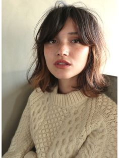 Short haircut bob with curtain bangs Hairstyle Trends, Hair Trends, Hair Day, My Hair, Short Hair With Bangs, Messy Bangs, Messy Lob, Bangs Short Hair, Lob Bangs