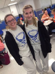 Me and Alli twined and we didn't even know it that's good friendship right here lol (PT on Friday)
