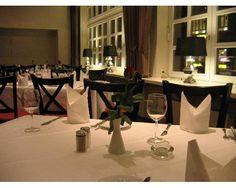 Hotel am Schloss in Ahrensburg  Hamburg erleben mit einer Hafenrundfahrt und genießen mit einem fürstlichen 3-Gänge-Menü♥  http://www.verwoehnwochenende.de/kurzreise_angebot___23086.html#angebot  #Kurzreise #Hamburg #Kultur