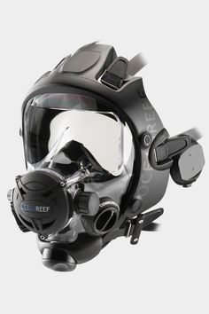 Why should I dive an IDM over conventional diving gear? Check out Ocean Reefs web page to see the benefits of IDM/Full Face Diving