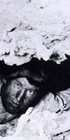 Trapped by a dislodged rock in the cave for days, as gawkers from around the country poured into Kentucky, hopeful to see him emerge once rescued, Floyd dies, still trapped. Floyd Collins, Cave City, Mammoth Cave, Road Trippers, The Time Machine, Popular Culture, The Past, History, Interesting Stories