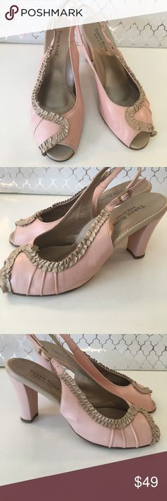 ⭐️TARYN ROSE HEELS AUTHENTIC TARYN ROSE HEELS 100% AUTHENTIC. STUNNING AND STYLISH TOTALLY ON TREND! SO PRETTY IN PINK AND TAN. The size is a European 38 which converts to a American 8 Taryn Rose Shoes Heels