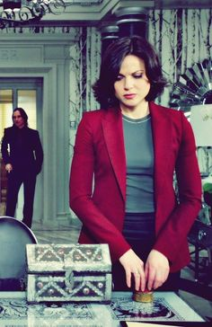 Lana Parrilla, although I'm mostly pinning this for Gold, standing in the background.