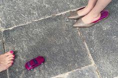 Vicky été Glitter Champagner. Pointy Flats, Flip Flops, Sandals, Heels, Pink, Fashion, Champagne, Slide Sandals, Moda