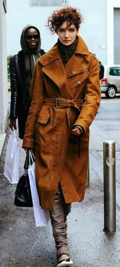 SUEDE TRENCH COAT, STREET STYLE, PHIL OH, TRENCH COAT