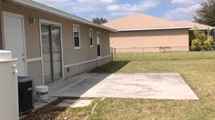 NEW LISTING 2105 NE 14th Ave Cape Coral