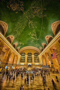 Mural on the ceiling in the Grand Central Terminal. Stunning.