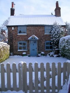 Chestnut cottage in the snow by nice icing, via Flickr