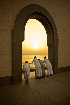 Sunset in Doha, Qatar | ...enjoying the sunset... | Photo by Mark Hillen with Pin-It-Button on 500px