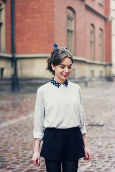 Like: the idea of pairing a shirt, jumper, shorts & tights                                                                                                                                                                                 More