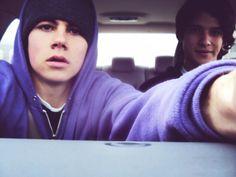 Dylan O'brien and Tyler Posey from Teen Wolf. Teen Wolf Boys, Teen Wolf Dylan, Teen Wolf Cast, Dylan O'brien, Xavier Dolan, Dane Dehaan, Phoebe Tonkin, Evan Peters, Cillian Murphy