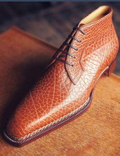 Leather Lace Up Chukka Boots shoes casuales cómodos de vestir deportivos hermosos hombre mujer vans Mens Shoes Boots, Mens Boots Fashion, Leather Boots, Shoe Boots, Leather Sandals, Hot Shoes, Men's Shoes, Dress Shoes, Formal Shoes