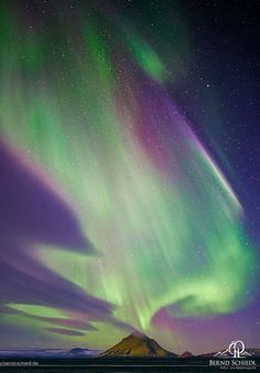 Aurora over Mýrdalsjökull - Aurora over Mýrdalsjökull during a minor geomagnetic strom.