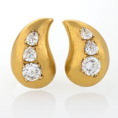 Suzanne Belperron Diamond and Gold Ear Clips - Macklowe Gallery