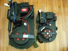 """So I'm gonna jump in and build myself a """"budget"""" proton pack for fun and I'm wondering if there are plans that can be printed to scale - like a sewing. Group Halloween, Halloween Crafts For Kids, Baby Halloween Costumes, Halloween Ideas, Ghostbusters Backpack, Ghostbusters Costume, Book Day Costumes, Family Costumes, Proton Pack"""