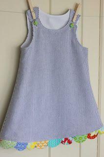 peppermint bee: Dabbling in Dresses cute idea, no pattern