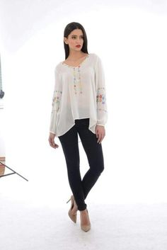 Romanian Label Bell Sleeves, Bell Sleeve Top, Long Sleeve, Stuff To Buy, Label, Outfits, Clothes, Tops, Dresses