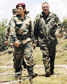 India Cricket Team, World Cricket, Icc Cricket, Cricket Sport, Test Cricket, Army Couple Pictures, R15 Yamaha, Indian Army Wallpapers, Ms Dhoni Wallpapers