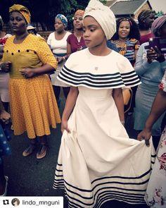 #Repost @lindo_mnguni ・・・ 🌼 #umbhaco #mbhaco #xhosabride #traditionalwedding #xhosaattire African Wedding Dress, Wedding Dresses, Vivienne Westwood Wedding Dress, South African Traditional Dresses, Xhosa Attire, Traditional Wedding, Empire, Lady, Instagram